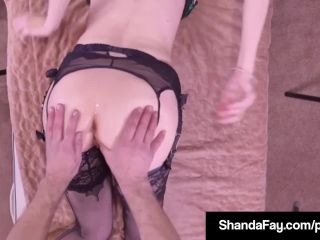 Canadian cougar shanda fay gets hard anal fuck from er!