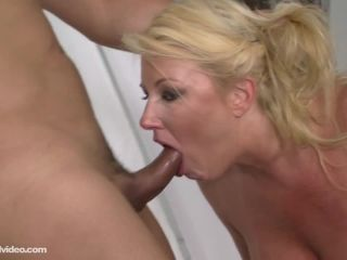 Facial - Zoey Andrews - Unloading The