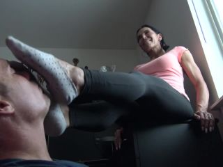 Foot submission – Goddess Zephy – Lick My Sweaty, Dirty Socks + Foot Massage