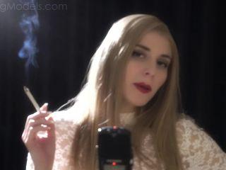 Smoking Porn – 8312 – Paislee 1
