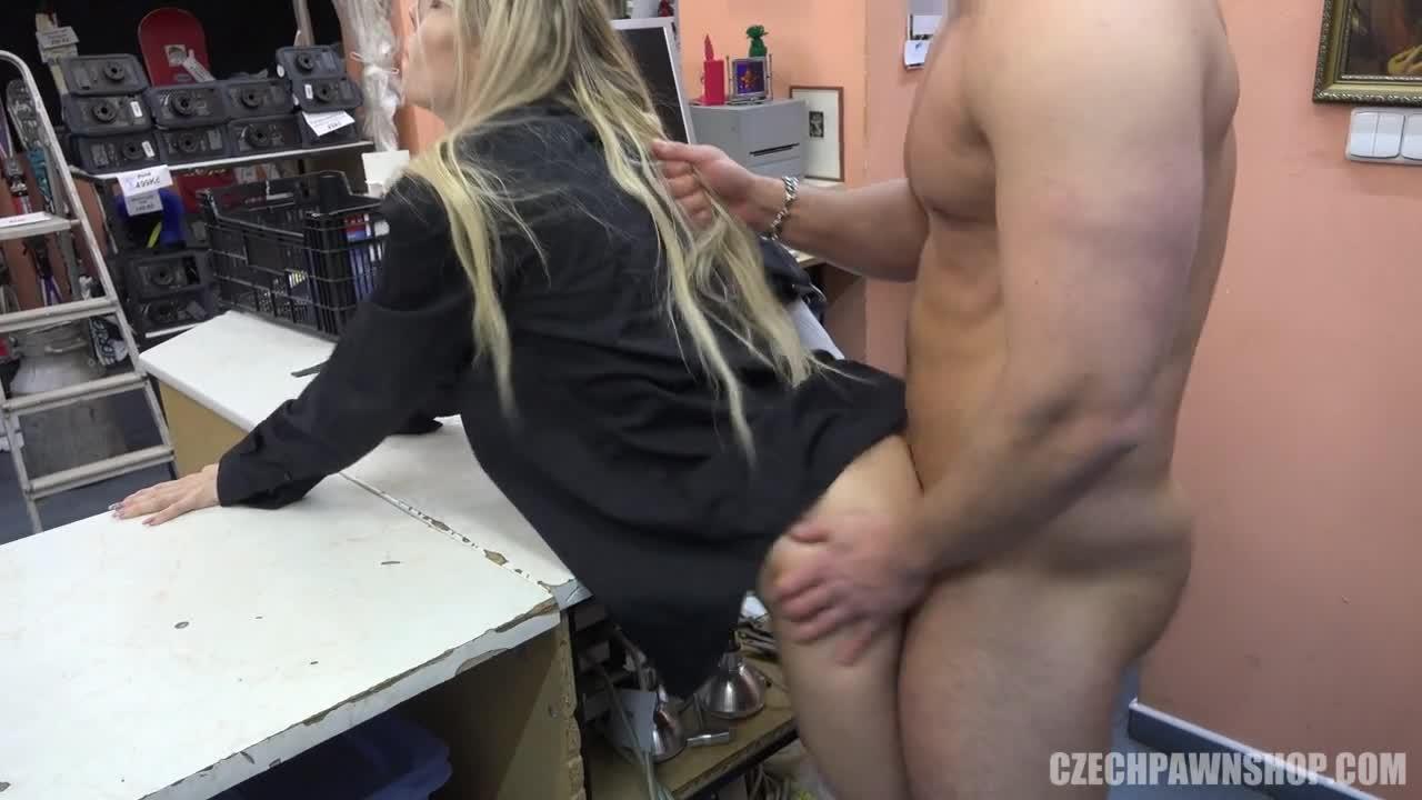 Two Blonde Teens Blowjob