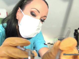 Glovemansion – Fetish Liza – Accidental handjob at the dentist