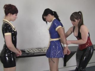 DDATO18 - Clean up game for the maids Ludella Hahn, Nyxon