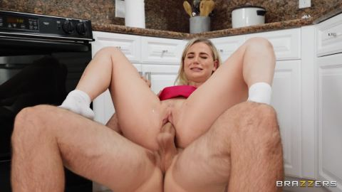 Blake Blossom - Fucking Her Girlfriend's Dad [FullHD 1080P]