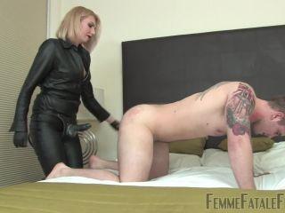 Blond – FemmeFataleFilms – Taking Control – Part 2 Starring Mistress Akella