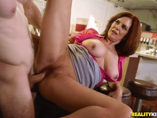 Online video Andy James - A Big Tip For Andy milf