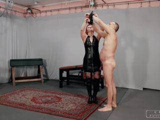 Cruel Mistresses – Cruel Punishments – Big slaps