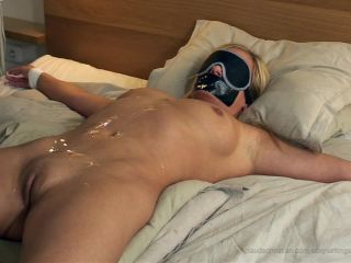 Luciana submissive