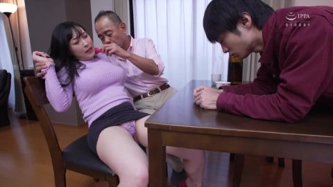Narisawa Hinami - Corruption of My Big Titty Step Mother Older Woman Becomes Lost In The Labyrinth Of Lust With Her Deceased Husband's Son (720p)