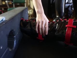 Rubber Bondage – Serious Images – No Cumming Out – Elise Graves