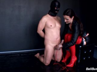 lady victoria valente  cbt and high heels plug fuck anal game  odd insertions