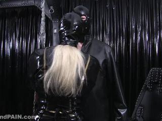 Milking – LUST and PAIN – Rubber and Handjob