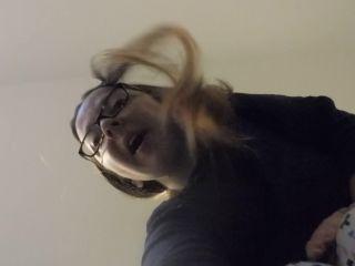 Online video MelanieSweets - Giantess Melanie punishes you BIG time femdom