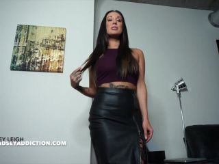 Porn online Lindsey Leigh - Lindsey Is Your Savior femdom