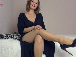 Pantyhose – Miss Honey Barefeet – Greg's Femdom Therapy. Session 4