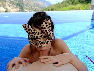 My First Outdoor: Fuck Me by the Pool 1080 HD – Firtsbornunicorn, sissy maid femdom on fetish porn