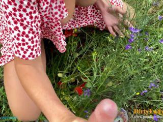 Dirty Lady - She is a Handhob while he Pees [FullHD 1080P] - Screenshot 2