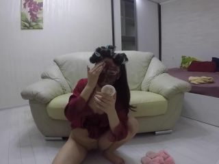 Hair curlers with scat covered face [FullHD 1080P] - Screenshot 6