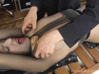 - Liz's Full Body Nylon Tickle Madness! (1.07 Gb, Wmv, )