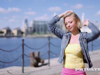 Private – Gabi Gold & Lina Luxa