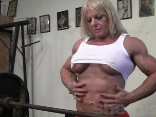 Maryse is a Powerful Muscle Amazon