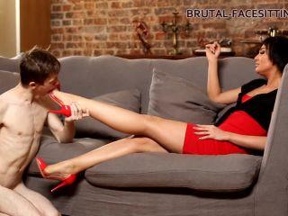 Brutal-Facesitting  Mistress Rebeca [Footworship, Footlicking, Foot Licking, Foot Worship, Pussy Worship, Pussy Eating, Pussy Licking, k2s.cc]