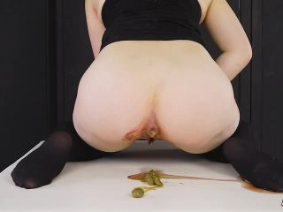 HouseofEra - Dirty Masturbation on Period with Shit [FullHD 1080P] - Screenshot 6