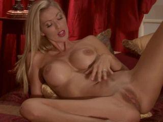 ManyVids presents TianaLive in hollyhotwife — Photoshoot Masturbation Video