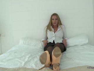 Nylon fetish – Danielle Maye – Putty In Your Hands