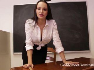 Goddess Foot Domination – Goddess Lexi Luna – Disruptive Student