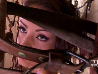 Sophie Lynx - Freaky Furniture - fetish - fetish porn ginger fetish