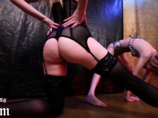 Mistress Salem – Stretching and Talking Shit - mistress salem - pov neocorona femdom