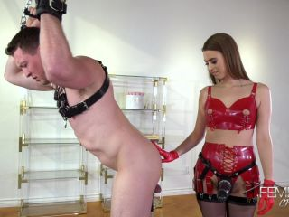 Jill Kassidy - Stretched to Fit