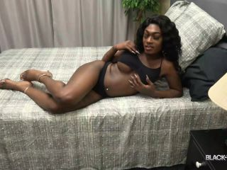Online shemale video Rose Strokes And Cums