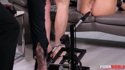 Chloe Lamour - Cuck Boyfriend Dps His Slut Girlfriend With Bdsm Master [HD 720P]