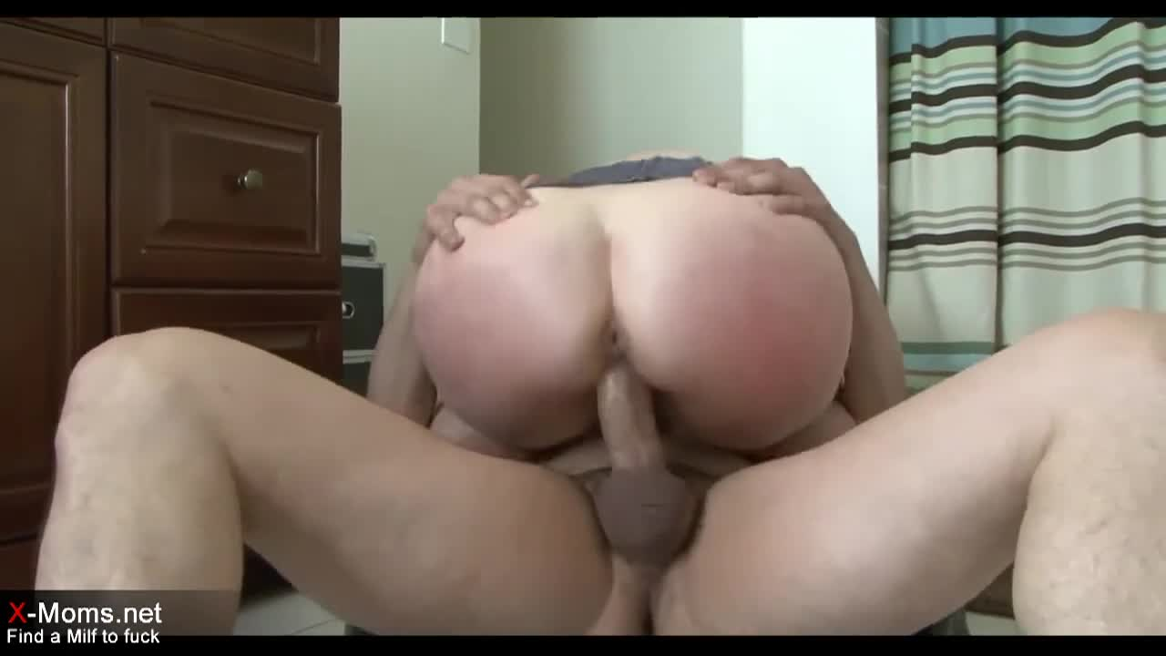 Fucked Step Mom While Dad Out