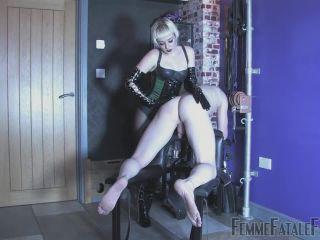 Spanking – Femme Fatale Films – The Sting Part 1-2 – Mistress Petite