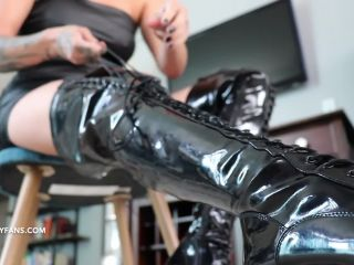 Lindsey Leigh – Ballbusted By Shiny Thigh High Boots – Cbt Fantasy