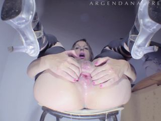 ArgenDana – Prolapse pump and DAP fisting with horny MILF