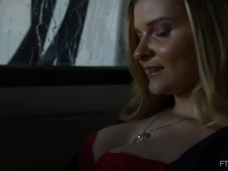Harlow - Peeing Scene 3 [FullHD 1080P] - Screenshot 1
