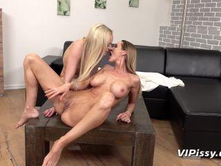 Victoria Pure - Cynthia Vellons - Tropical Trickles [FullHD 1080P] - Screenshot 4