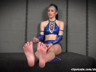 Foot Humiliation – GWR25 clip store – Nikki Next in Princess Foot Worship