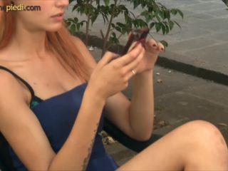 Video online Passione Piedi - Thena