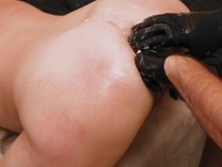 SicFlics presents Anal fist fucking training – 19.03.2019