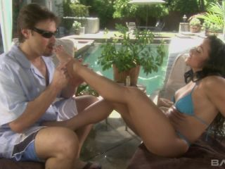 Cherokee Shows Off Her Flexibility During A Footjob That Leads To A Fa ...