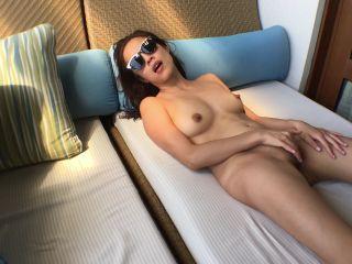 Video online NovaPatra aka Novabella – Asian Movie Star Suck Fuck and Facial