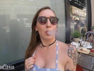 Elouise Please - Public Smoking And Flashing
