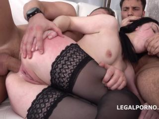Elley gets 2on1 Anal and DP with rough sex, Manhandle, Gapes, Facial GL025