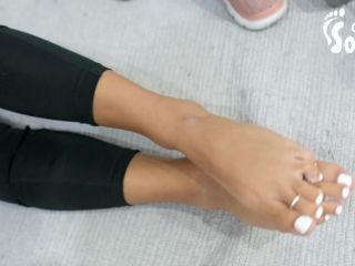 Toes – Czech Soles – Wendy – Strong Girl Workout And Her Small Sexy Feet