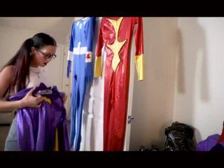 Movie title Costume chloro